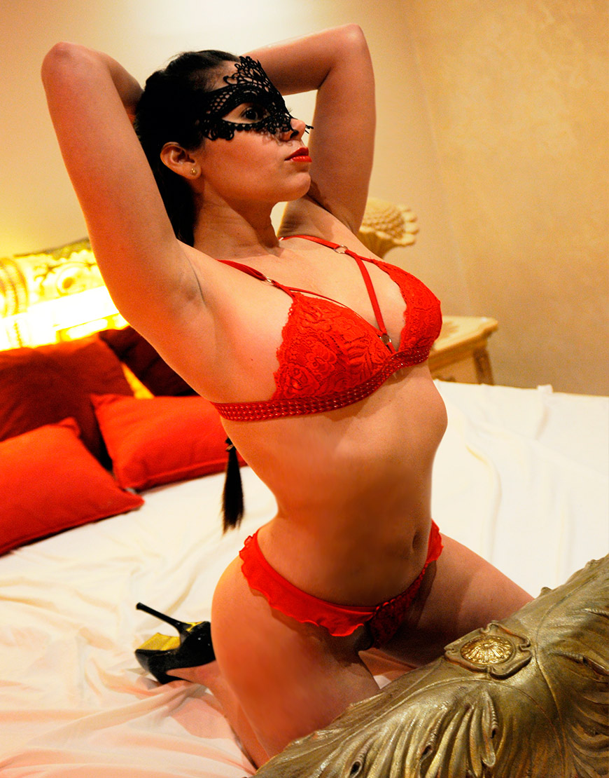 Adriana - Luxury escort in Mallorca